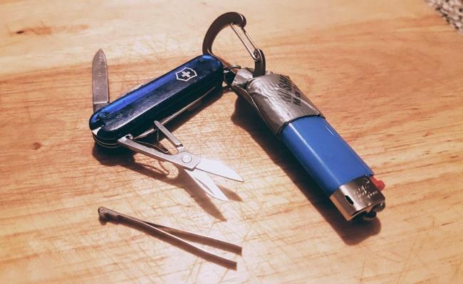 tweezers-and-swiss-army-knife