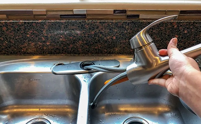 Remove-A-Kitchen-Faucet