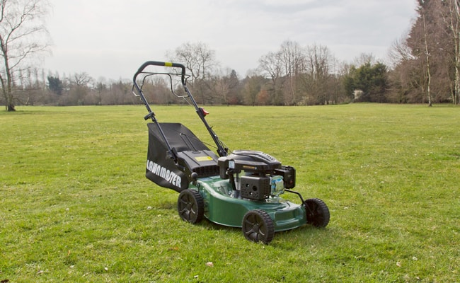 Petrol-Powered-Lawn-Mower-types