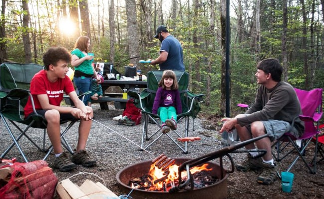 Camping-Tips-for-Beginners-with-Kids