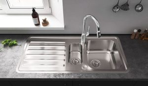 Standard-Kitchen-Sink-Size