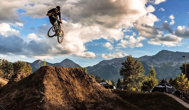 Dirt-Jump-Mountain-Bike