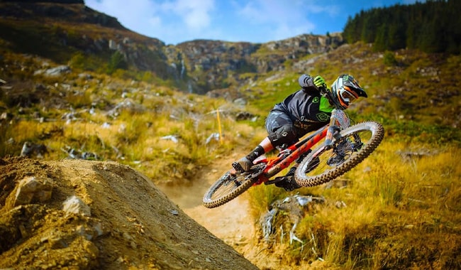 Downhill-Mountain-Bikes