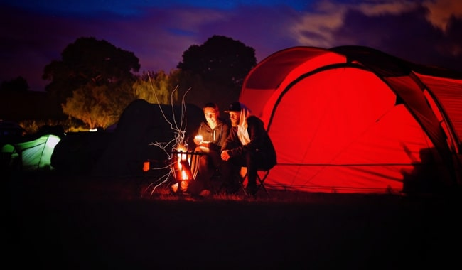 10-Camping-Tips-for-a-Couple