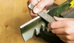 How-Often-Should-Lawn-Mower-Blades-Be-Sharpened-or-Replaced