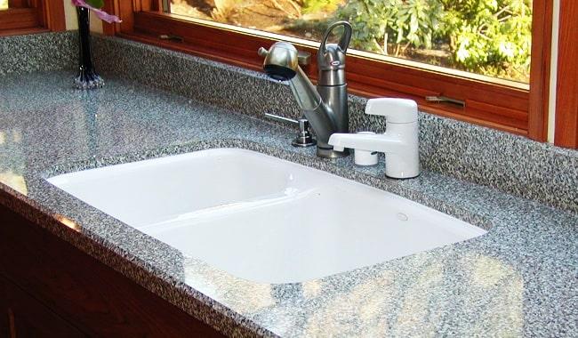 Porcelain-Kitchen-Sink