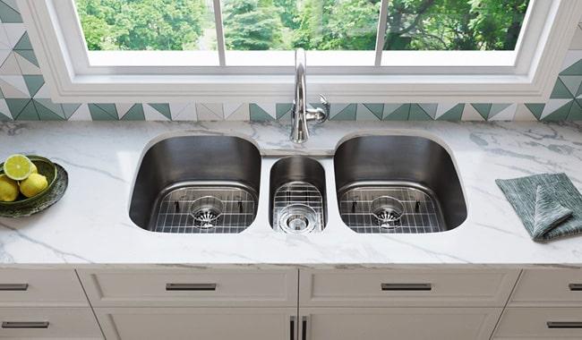 Triple-Bowl-Kitchen-Sink