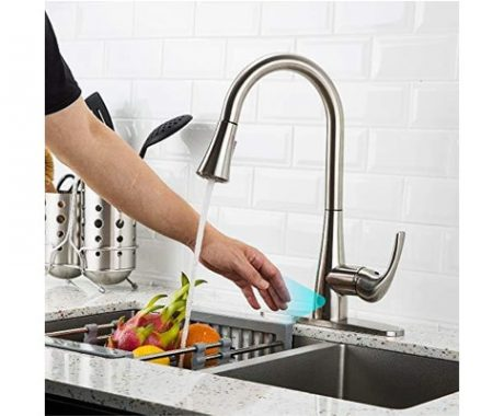 Touchless-kitchen-faucet